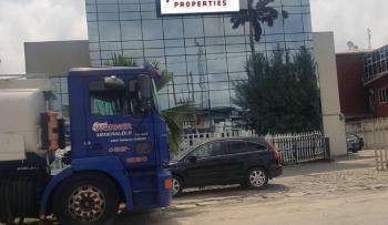 Multi-room Office Complex on 1600 Square Metres Land, Victoria Island (vi), Lagos, Plaza / Complex / Mall for Sale