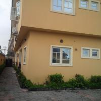 Well Finished 2-bedroom Flat With Bq, Lekki Phase 1, Lekki, Lagos, 2 Bedroom, 3 Toilets, 2 Baths Flat / Apartment For Rent