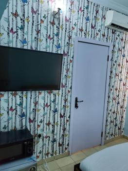 Furnished and Serviced One Room Bq with Unlimited Wifi, Dstv, Netflix, Primewater View Gardens Estate, Ikate, Lekki, Lagos, Flat Short Let