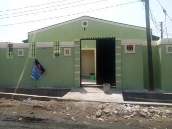 Mini Flat, Off Ijesha Road, Ijesha, Lagos, Mini Flat for Rent