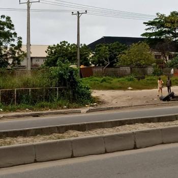 20 Plots of Land, Along Lekki Epe Expressway, By Crown Estate, Sangotedo, Ajah, Lagos, Commercial Land for Sale