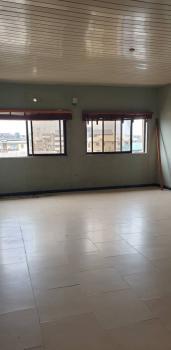 Spacious 3 Bedroom Ensuite Flat ( Upstairs), Alagomeji, Yaba., Alagomeji, Yaba, Lagos, Flat for Rent