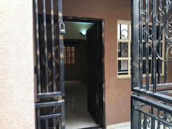 a Good and Nice 2 Bedroom Flat with All Rooms Ensuit., Bode Thomas, Surulere, Lagos, Flat for Rent