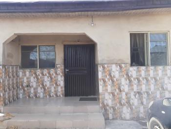 Bungalow, Oworonshoki Close to 3rd Mainland Bridge, Gbagada, Lagos, Detached Bungalow for Sale
