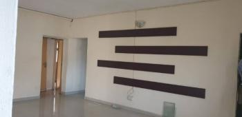 Lovely & Spacious 3 Bedroom Flat ( Upstairs), Yaba, Lagos, Flat for Rent