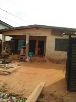 Half Plot of Land, Ariori Street Off Branco, Mafoluku, Oshodi, Lagos, Residential Land for Sale