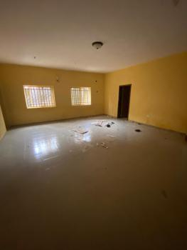 Extremely Spacious and Clean 3 Bedrooms Flat in a Serene Environment, Thomas Estate, Ajah, Lagos, Flat for Rent