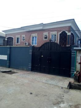 4 Bedrooms Duplex with Security House + 2 Living Rooms on 400sqm2, Off Beckley Estate, Agbe Road, New Oko-oba, Agege, Lagos, Detached Duplex for Sale
