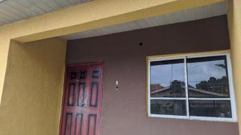 Large Parlor and Room, Off Badore Road, Badore, Ajah, Lagos, Office Space for Rent