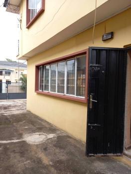 3 Bedroom Flat, Obanikoro, Jibowu, Yaba, Lagos, House for Rent