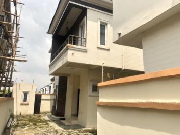 Distress 5 Bedroom Detached Duplex with Bq, Ologolo, Lekki, Lagos, Detached Duplex for Sale