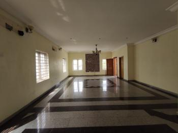 Luxury 3 Bedroom Apartment Upstairs with Bq and Excellent Finishing, Off Admiralty Way, Lekki Phase 1, Lekki, Lagos, Flat for Rent