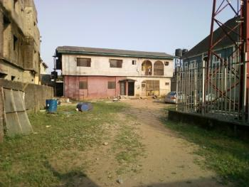 Cheap 2 Bedroom Flat, Bucknor Estate, Isolo, Lagos, Flat for Rent