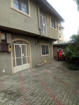 Renovated 4 Bedroom Duplex, Cole Street., Itire-ikate, Surulere, Lagos, Semi-detached Duplex for Rent