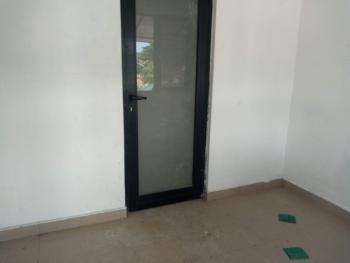 Service Studio Flat Without Kitchen, Off Palace Road, Oniru, Victoria Island (vi), Lagos, Self Contained (single Rooms) for Rent