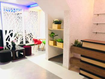 3 Bedrooms Apartment with a Wine Bar, Lekki Phase 1, Lekki, Lagos, Detached Bungalow Short Let