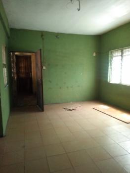 3 Bedrooms Apartment, Iponri Estate, Iponri, Surulere, Lagos, Flat for Rent