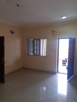 2 Bedroom Flat Upstairs, Ologolo/ Jakande, Ologolo, Lekki, Lagos, Flat for Rent