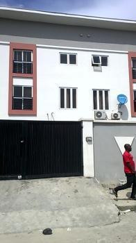 4 Bedroom Terrace with Bq, Osapa, Lekki, Lagos, Terraced Duplex for Sale