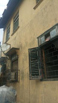 a Old Building, Adekunle, Yaba, Lagos, Mixed-use Land for Sale