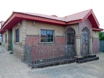 Cute 4 Bedrooms Bungalow in a Nice Neighborhood, 10, Grace Street, Ori Oke Ominira Area, Off Akala Express, Oluyole, Oyo, Detached Bungalow for Sale