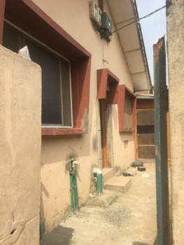 Newly Renovated Mini Flat with Prepaid Meter & Car Park., Onike, Yaba, Lagos, Mini Flat for Rent