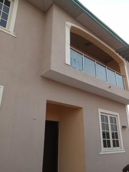 Executive Mini Flat (room & Parlour) with 2 Toilets and Bath, Magodo Gra Phase 1, Magodo, Lagos, Mini Flat for Rent