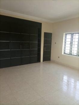 a Standard Room Self Contained in a Shared Apartment, Lekki Peninsula Scheme 2, Ajah, Lekki Phase 2, Lekki, Lagos, Self Contained (single Rooms) for Rent