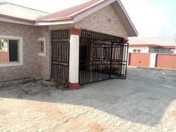 Clean 3 Bedroom Bungalow, Gwarinpa Extension, Gwarinpa, Abuja, Detached Bungalow for Rent