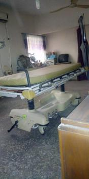 Functional Equipped Hospital, Mic-com Busstop  Akowonjo, Egbeda, Alimosho, Lagos, Commercial Property for Sale