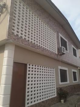 Spacious 3 Bedroom Apartment, Omole Phase 1, Ikeja, Lagos, Flat for Rent