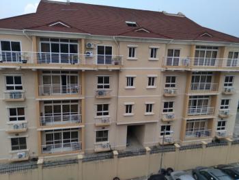 Well Furnished 3-bedroom Penthouse, Osapa, Lekki, Lagos, Flat Short Let