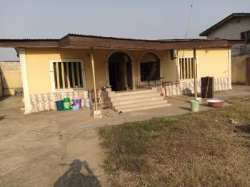 4 Bedroom Bungalow on Setback, Behind Jakande Estate, Oke Afa, Isolo, Lagos, Detached Bungalow for Sale