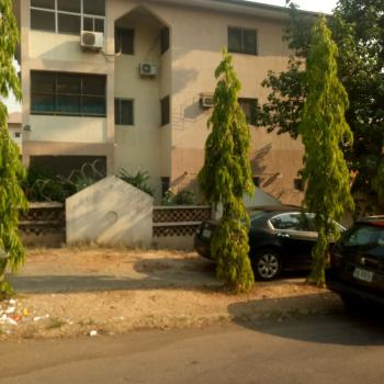 a Good 3 Bedroom Flat, Wuse 2, Abuja, Flat / Apartment for Rent