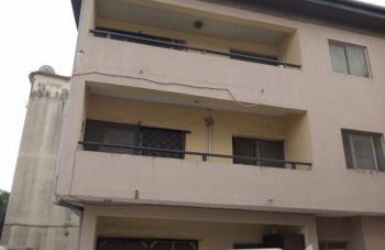 4 Bedroom Flat Middle Floor, Off Adeniyi Jones Ikeja., Adeniyi Jones, Ikeja, Lagos, Flat for Sale