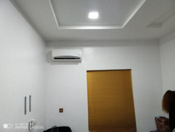Flatmate Needed- Shared 2 Bedroom Flat, Off Enyo Filling Station, Ikate, Lekki Phase 1, Lekki, Lagos, Flat for Rent