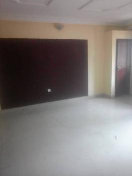 2 Bedroom Flat Upstairs, Ologolo, Lekki, Lagos, Flat for Rent