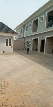 2bedroom Flat Upstairs Very Spacious with Prepaid Meter, in Estate, Badore, Ajah, Lagos, Flat for Rent