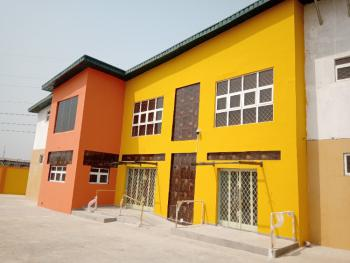 New and Exquisite Office Space of 100sqm with Modern Facilities, Adjacent Bovas Filling Station, Alaafin Avenue, Oluyole Estate., Ibadan, Oyo, Office Space for Rent
