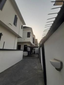 5 Bedroom Duplex and 1 Bq, Chevron Drive, Lekki Phase 2, Lekki, Lagos, Detached Duplex for Sale