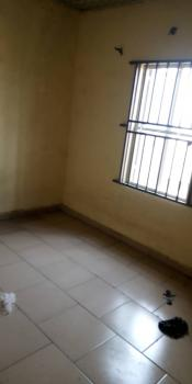 Neat Miniflat with Pop and a Prepaid Meter, Off Apata Street, Shomolu, Lagos, Mini Flat for Rent
