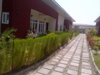Nice Serviced 3 Bedrooms, Orchid Road, Lekki Expressway, Lekki, Lagos, Detached Bungalow for Rent