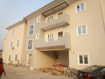 Beautiful 2 Bedroom Flat in a Nice Location, Jahi, Abuja, Flat for Rent