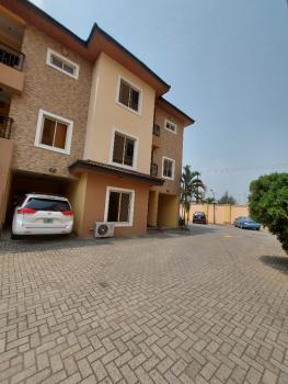 Spacious 4 Bedroom Terrace  with Bq, Lekki Phase 1, Lekki, Lagos, Terraced Duplex for Rent