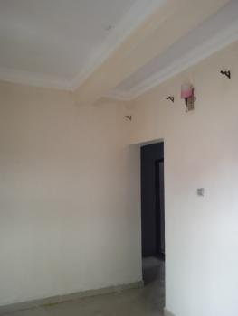 Lovely 3 Bedroom, Adefioye, Surulere, Lagos, Flat for Rent