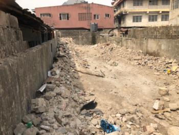 Half Plot, 104, Ishaga Road, Idi Araba, Mushin, Lagos, Residential Land for Sale