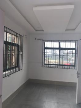 Spacious Luxury 2 Bedroom Flat, Beside U3 Estate, Lekki Phase 1, Lekki, Lagos, Flat for Rent