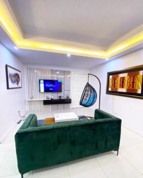 Luxurious 1 Bedroom Apartment with Foreign Furnishings, Admiralty, Lekki Phase 1, Lekki, Lagos, Flat Short Let
