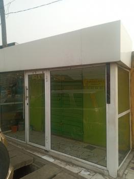 Nice Detached Bungalow with Front Shop, Off Ogunlana Drive, Ogunlana, Surulere, Lagos, Detached Bungalow for Rent