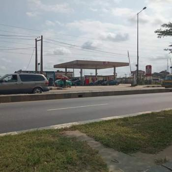 Functional Filling Station with High Level of Traffic, Irawo Bus Stop,  Ikorodu Road, Irawo, Kosofe, Lagos, Filling Station for Sale